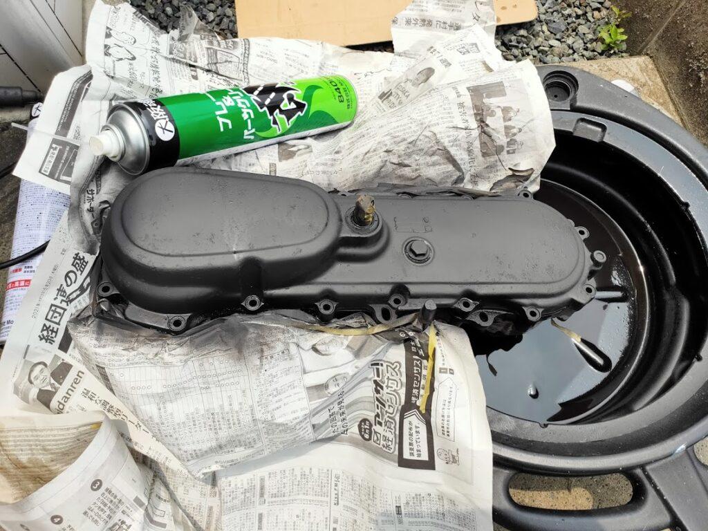 モトコンポのエンジンカバー塗装