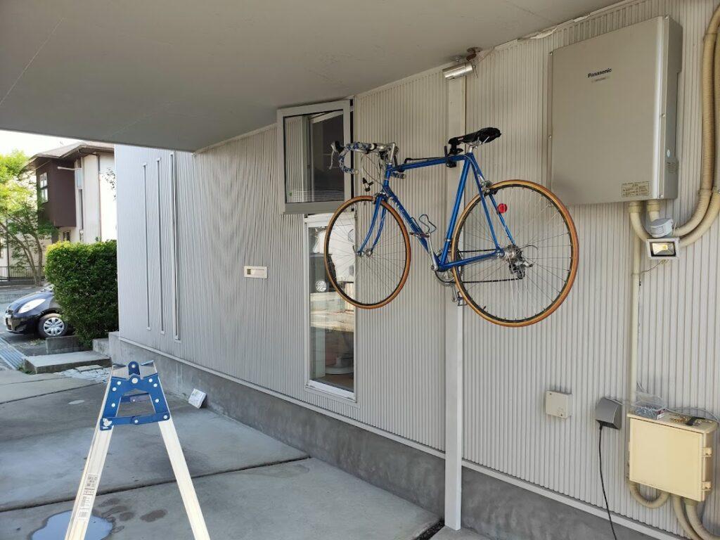 バイクハンガーの自転車設置低い